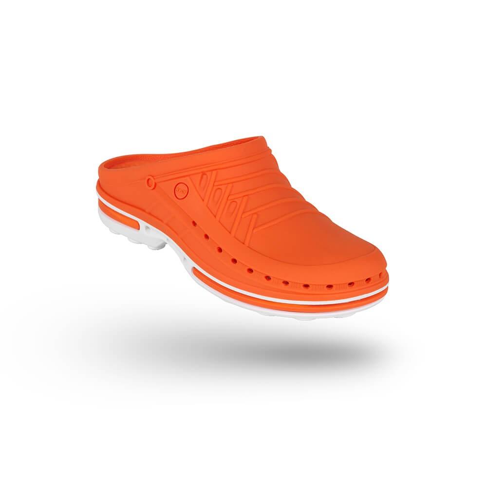 Saboti medicali autoclavabili Wock Clog 05, cu brant Steri-Tech, portocaliu/alb